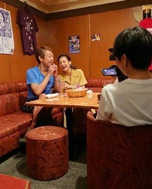 西山茉希さん、外山恵理さん…友達との酒宴で猛暑を乗り切るぞ!